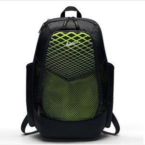 fea03959f0e6ce Nike Bags - NIKE AIR MAX VAPOR ENERGY UNISEX BACKPACK